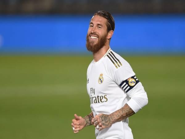 Tin bóng đá tối 26/3 : Enrique tiết lộ vì sao thay Sergio Ramos