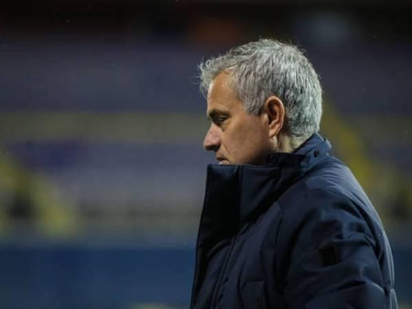 Tin bóng đá 19/3: Mourinho vào tận đường hầm để ca ngợi đối thủ