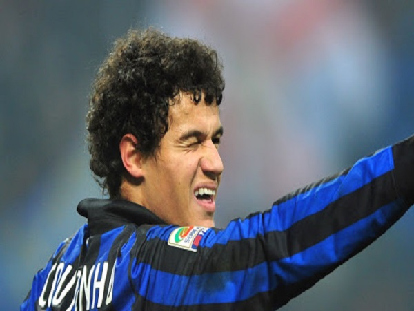 """Top 9 vụ """"nhìn nhầm người"""" của bóng đá thế giới: Có cả Pirlo và Coutinho"""